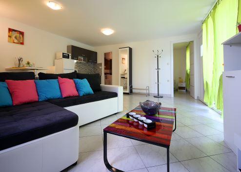 Apartman 2+2 osobe (035- Liliana)